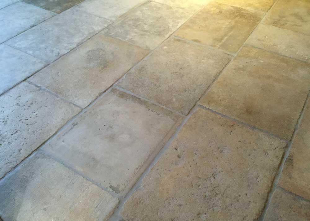 Reclaimed Barr de Montpellier limestone